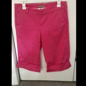Lilly Pulitzer Pink Cuffed Bermuda Shorts, Size 6